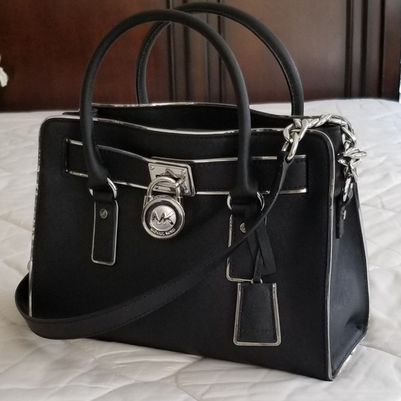 28794081e583 Michael Kors Bags   Hamilton Handbag   Poshmark